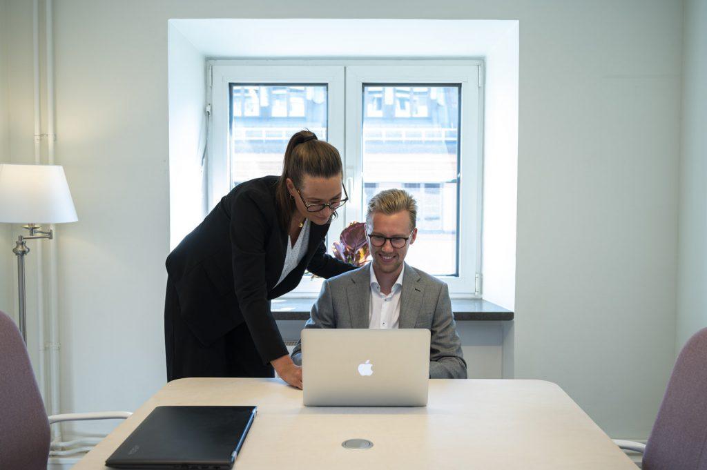Efter ett mångårigt arbete av att intervjua flera tusen ekonomer har vi på Vindex byggt upp ett stort nätverk av Stockholms allra främsta ekonomer.